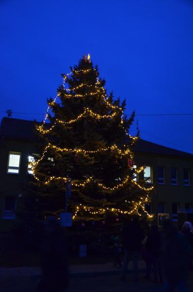 Rozsvěcení vánočního stromu - 06