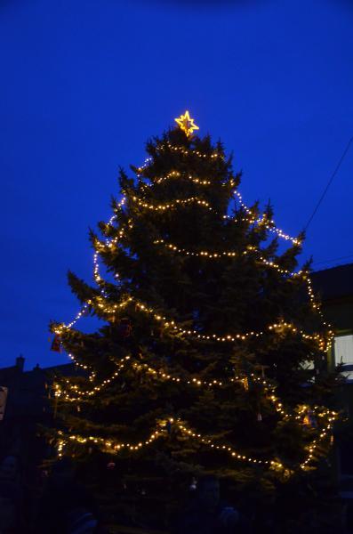Rozsvěcení vánočního stromu - 07